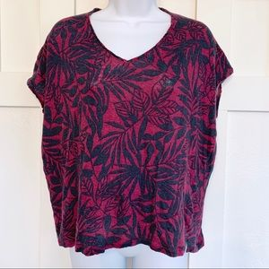 LOFT Raspberry and Navy Leaf Print Linen T